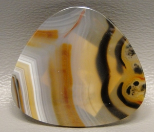 rounded-triangle-cabochon.jpg