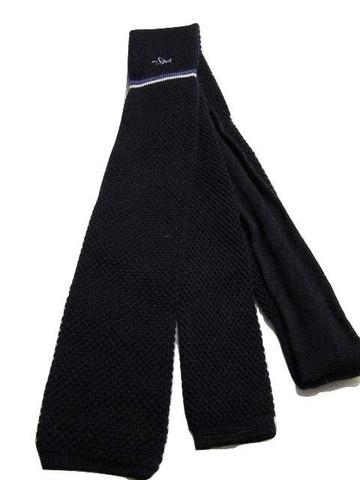Knitted slim navy wool tie