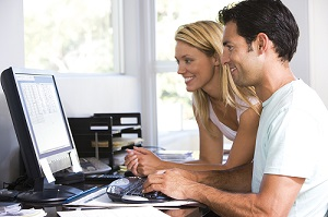 couple-computer-2-.jpg