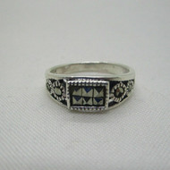 Sterling Silver Marcasite Detailed Ring Size 7