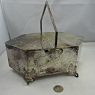 Antique Wilson and Davis Late 1800s Flower and Butterfly Pattern Silver Plated Biscuit Basket (5001715)