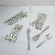 Vintage Wm Rogers Mfg Co and Wm A Rogers Mixed Silver Plated Flatware Craft Lot