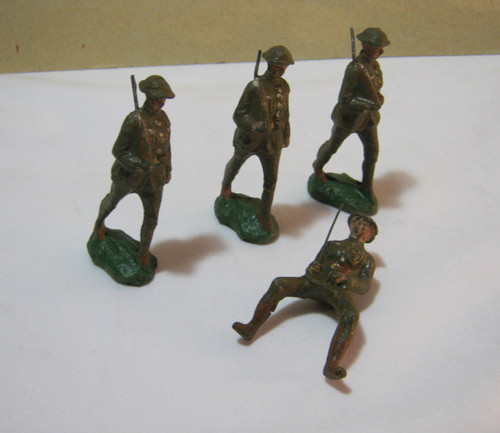 Vintage Composite Toy Military Soldiers Made In Japan T
