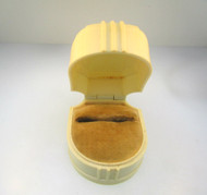 W&S New York Cream Colored Plastic Vintage Hinged Jewelry Ring Box **