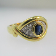 14k Yellow Gold Sapphire Eye RIng with Single Cut Diamond Accent Ring Size 7