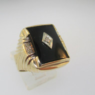 10k Yellow Gold Black Onyx and Diamond Ring Size 9