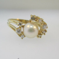 14k Yellow Gold Pearl and Diamond Accent Ring Size 7