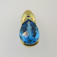 18k Yellow Gold Blue Topaz Pendant