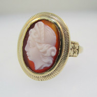 Vintage 10k Yellow Gold Cameo Ring Size 5