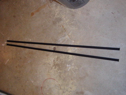 """division bar window window track rubber, Also fits Lower Cab Forward Trucks 1953-1960 trucks, Town Wagon, & Town Panel 36"""" long sold as SET"""
