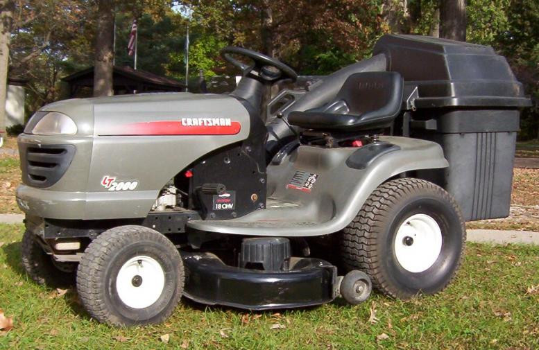 The Lt1000 Lawn Tractor Its Features Accessories And Where To >> Sears Lt2000 Owners Manual